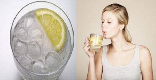 Les 6 raisons de consommer de l'eau tiède plutôt que de l'eau froide