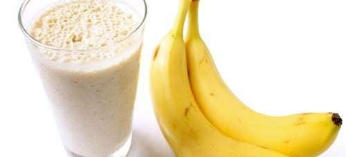 Combattez la rétention d'eau grâce à des smoothies à la banane