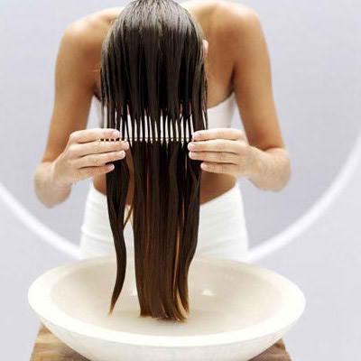 cheveux et peigne