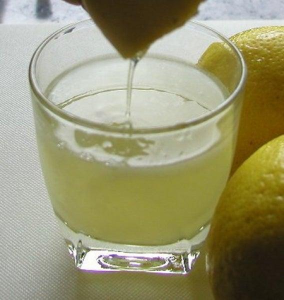 3 façons délicieuses de consommer du citron le matin : aloe vera et citron