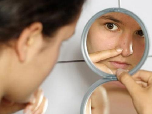 L'acné peut disparaitre.