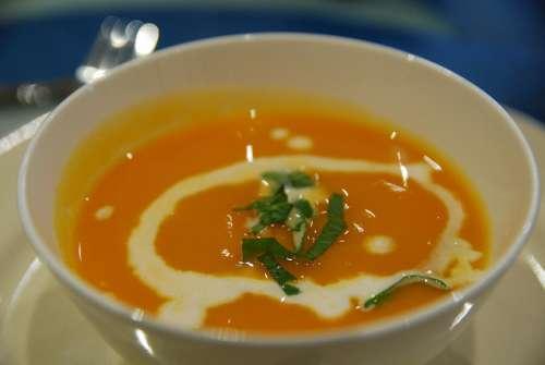 Soupe pour ne pas manger sucré.