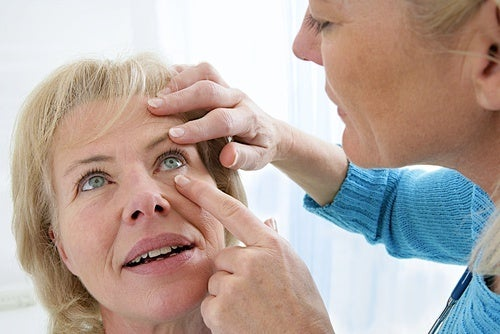Causes de la vision floue : la cataracte