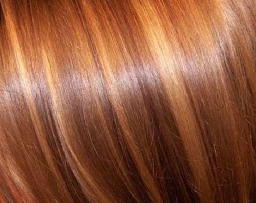 Les moyens pour la peinture et la permanente des cheveu