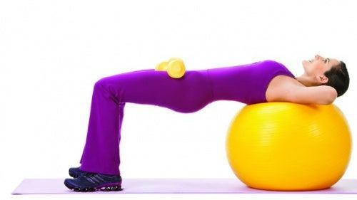 exercice-ballon-1-500x281