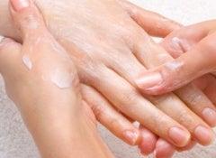 massage-de-mains-500x267