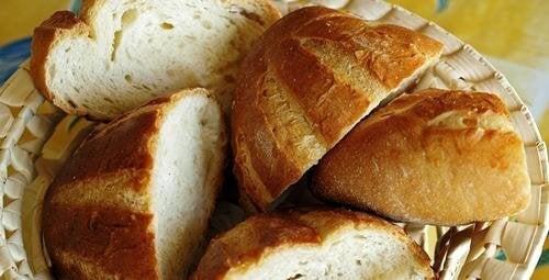 pain dur pour préparer une soupe espagnole
