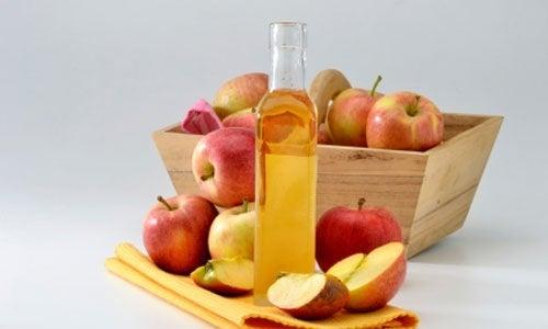 Bienfaits du vinaigre de pomme.
