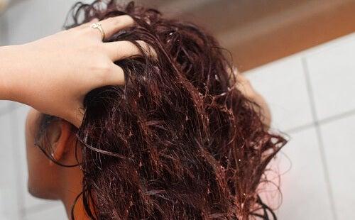 L'eau de linette pour fortifier les cheveux
