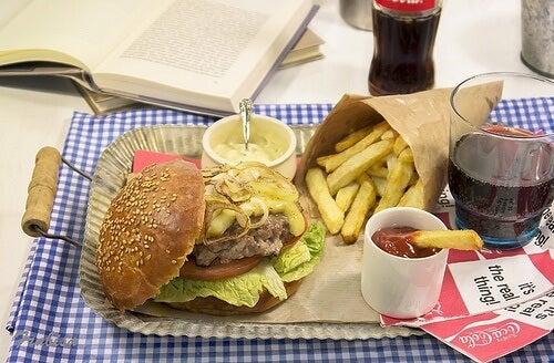 10 aliments les plus riches en graisses satures