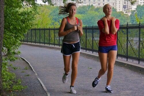 femmes qui courent