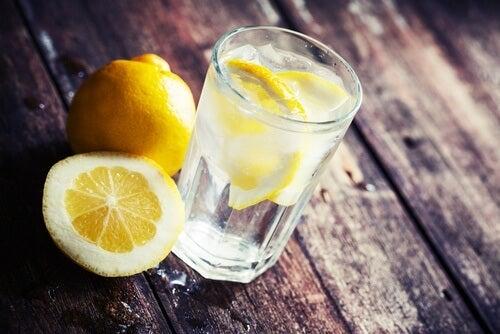 eau-et-citron-500x334