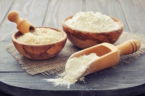 farine de riz pour les talons crevassés