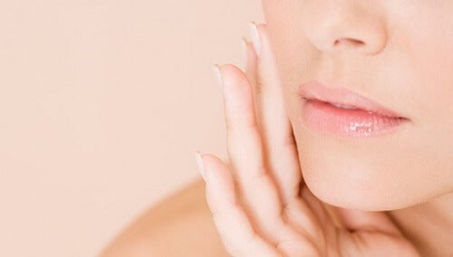 Refermez facilement les pores de votre peau