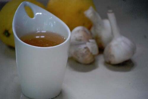 Les bienfaits du thé à l'ail