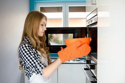 Comment-rechauffer-les-aliments-de-maniere-sure-500x334