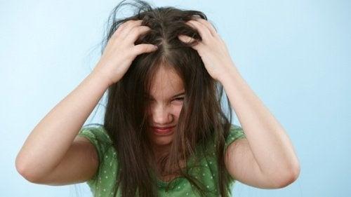 Comment débarrasser rapidement votre enfant des lentes