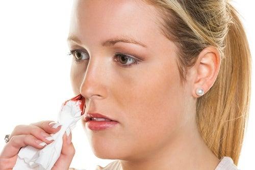 Remèdes naturels pour le saignement de nez