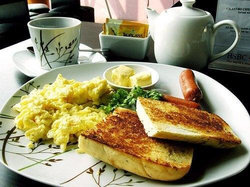 Bien petit-déjeuner vous aide à avoir de l'énergie