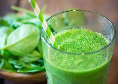 Légumes verts dans votre régime alimentaire.
