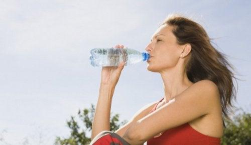 Hydratation contre les poils incarnés.