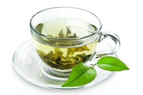 Les 10 incroyables bienfaits du thé vert : stimule la digestion