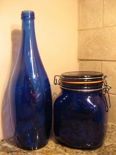 bouteille-bleue-susanvg