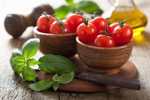 aliments qui n'ont pas besoin d'aller au réfrigérateur : les tomates