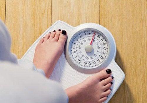 Traiter la cellulite et le poids.