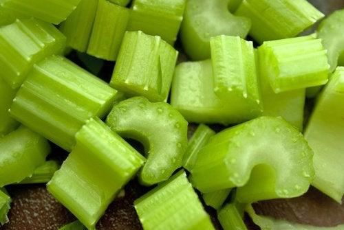 Les bienfaits du céleri : un bon anti-inflammatoire à inclure dans votre régime alimentaire
