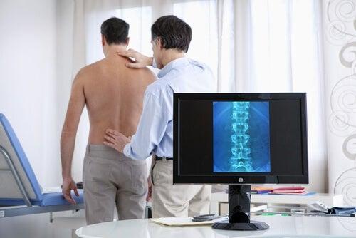 Que faire en cas d'hernie discale et douleur de dos