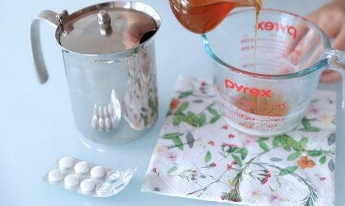 Comment faire un peeling facial avec de l'aspirine pour une peau radieuse