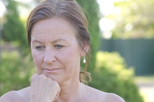 Des saignements vaginaux après la ménopause.
