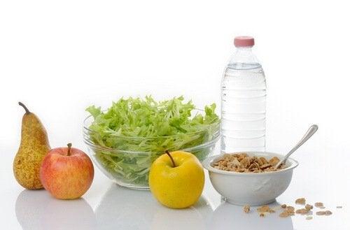 Une bonne alimentation aide à brûler la graisse abdominale rapidement
