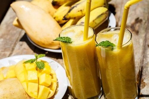 5 smoothies énergisants pour surpasser la fatigue