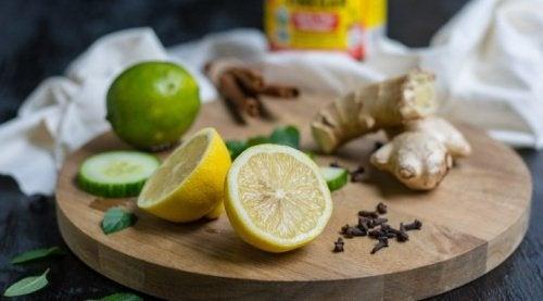 7 remèdes à base d'eau pour équilibrer votre pH et dépurer votre organisme