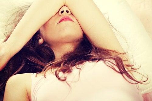 inflammation des seins chez une femme