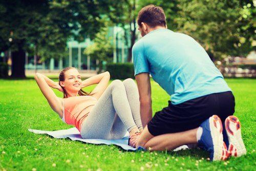 Augmentez graduellement la difficulté des exercices.