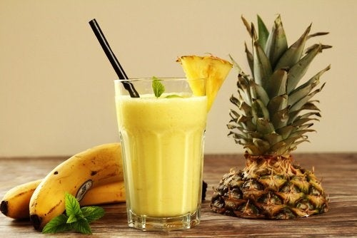 Smoothie-tropical-500x334