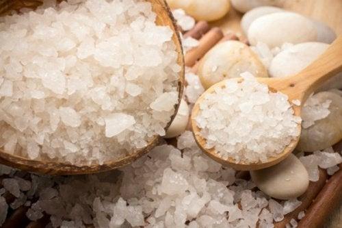 8 usages cosmétiques méconnus du sel