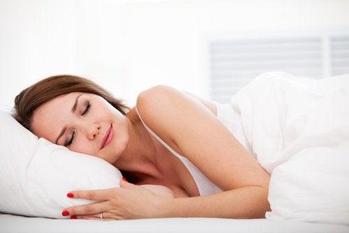 dormir pour prévenir le vieillissement prématuré de la peau