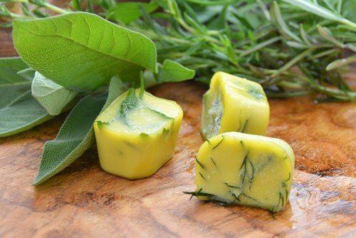 Eviter les gaspiller les fruits ou les herbes aromatiques.