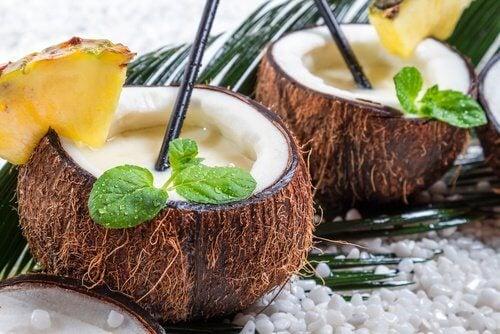 Jus-de-coco-et-ananas-500x334