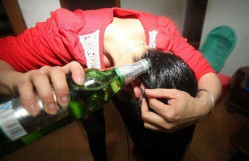 6 bienfaits de la bière pour les cheveux et la peau