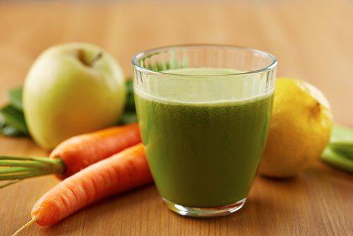 Un jus naturel délicieux pour faire baisser votre cholestérol et votre tension