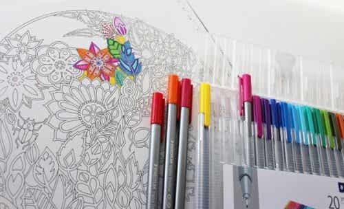 Les livres de coloriage : un art thérapeutique pour les adultes