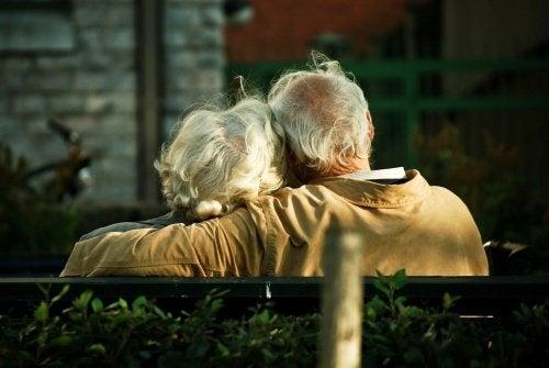 """""""Au cas où demain"""" : la lettre d'un malade d'Alzheimer à sa femme"""