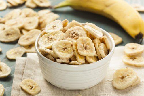 Les effets de la banane sur les talons.