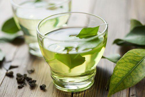 Du thé vert pour la bouche.