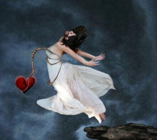 femme coeur brisé